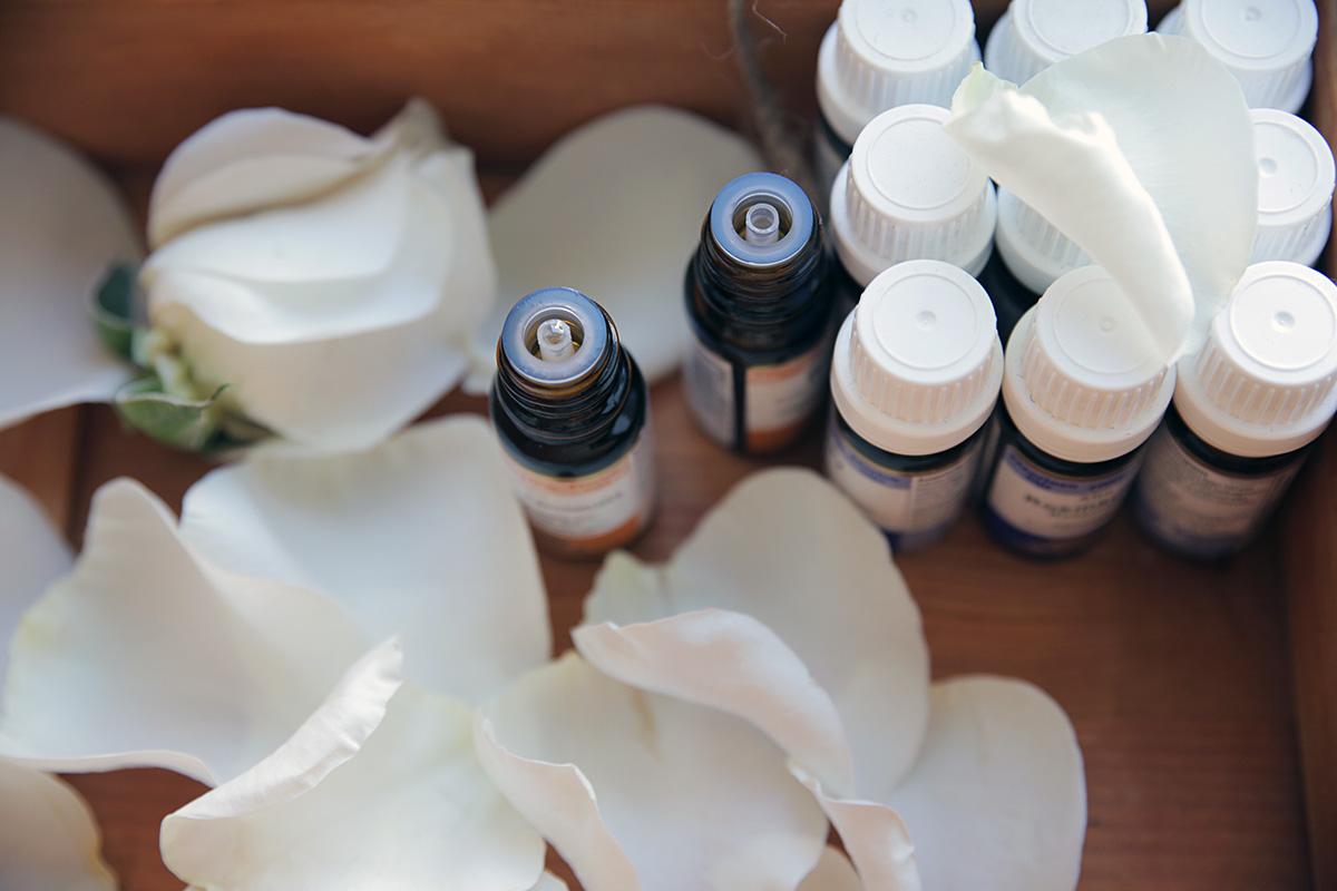 aromatherapy-oils_0.jpg