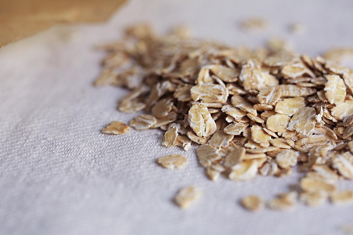 oatmeal-flakes.jpg