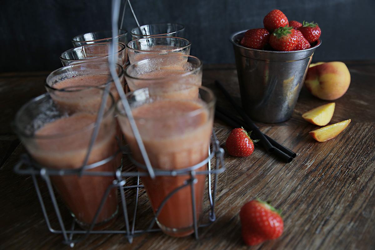 strawberry-peach-juice-tanning.jpg