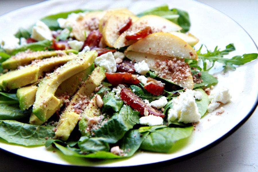 paaryna-avokado-salaatti.jpg