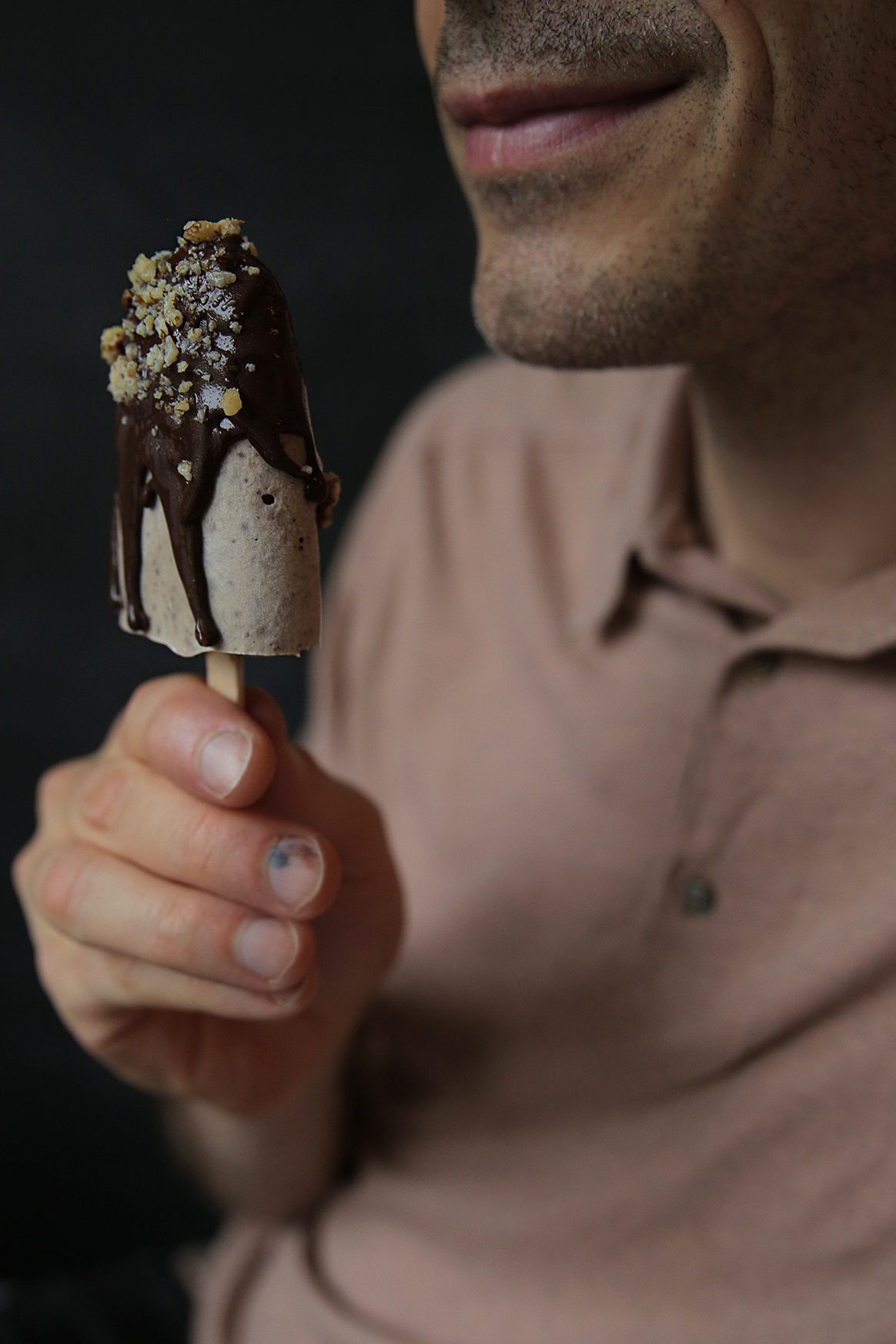 raaka-suklaa-jaatelo.jpg