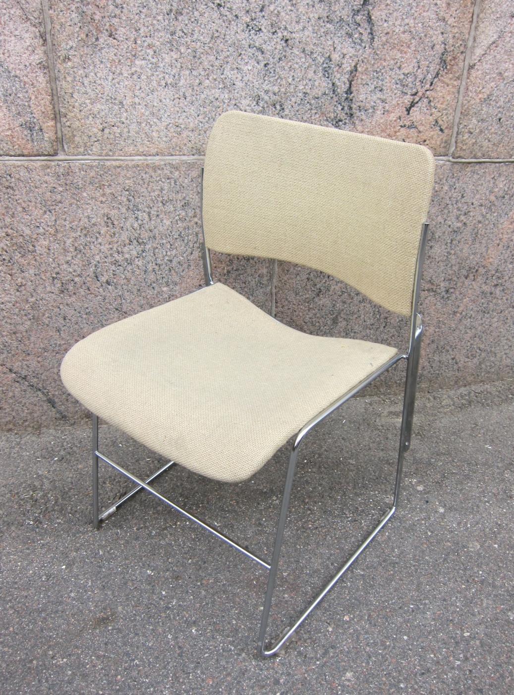 40_4_tuoli.jpg