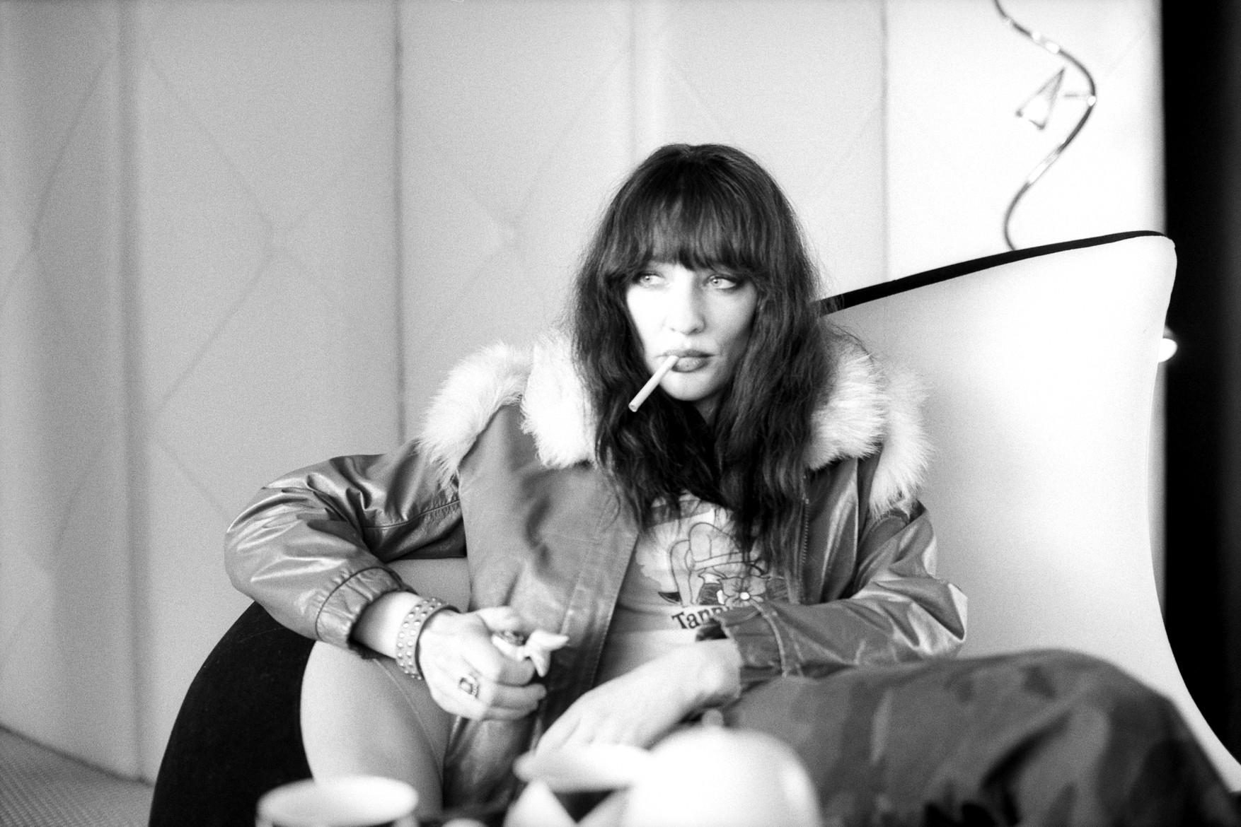 coffee-cigarettes-cate-2.jpg
