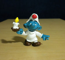 smurf_with_candle.jpg