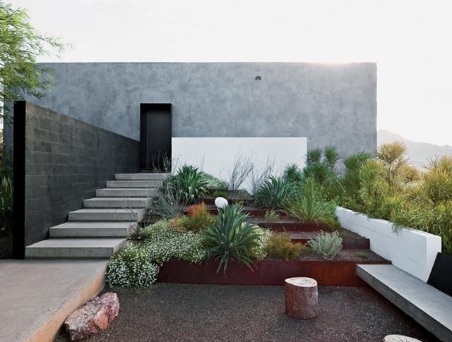 dialogue-house-garden.jpg
