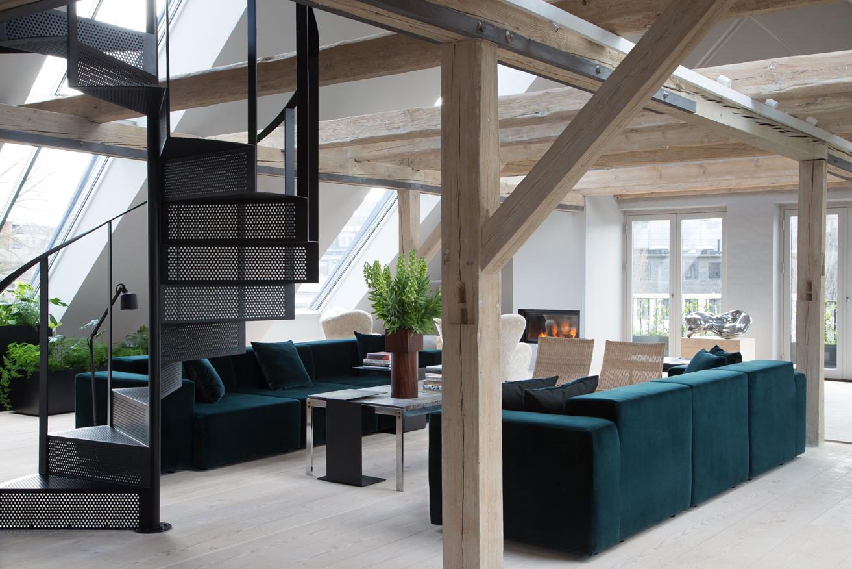 Vipp-Loft-Livingroom-1-low.jpg