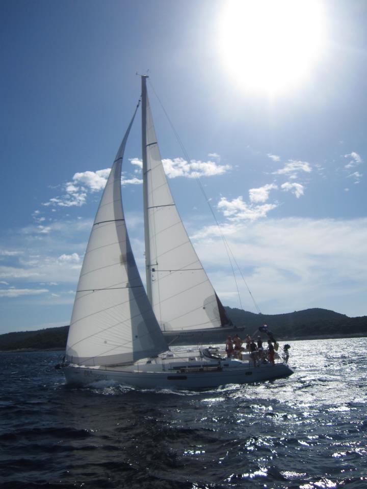 purjehdusta_kroatiassa_-_mennaan_vaan.jpg