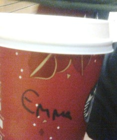 Starbucks muki Emma rajattu pieni.jpg