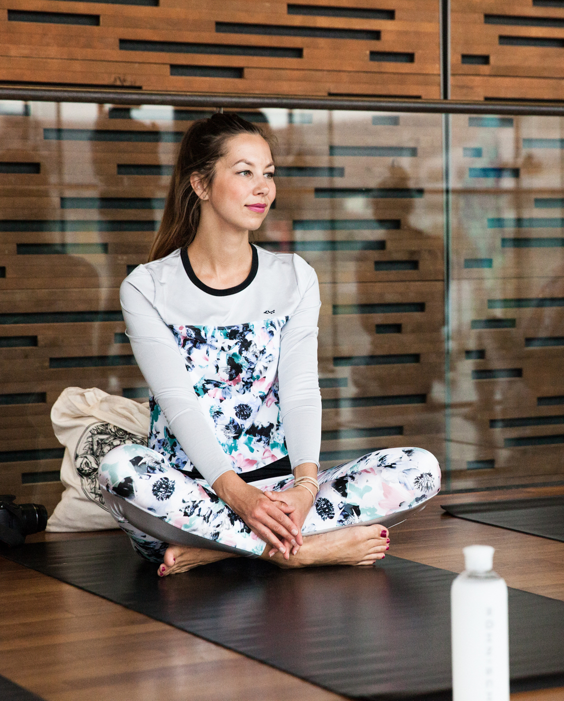 mona salminen photo rohnish yoga-1596.jpg