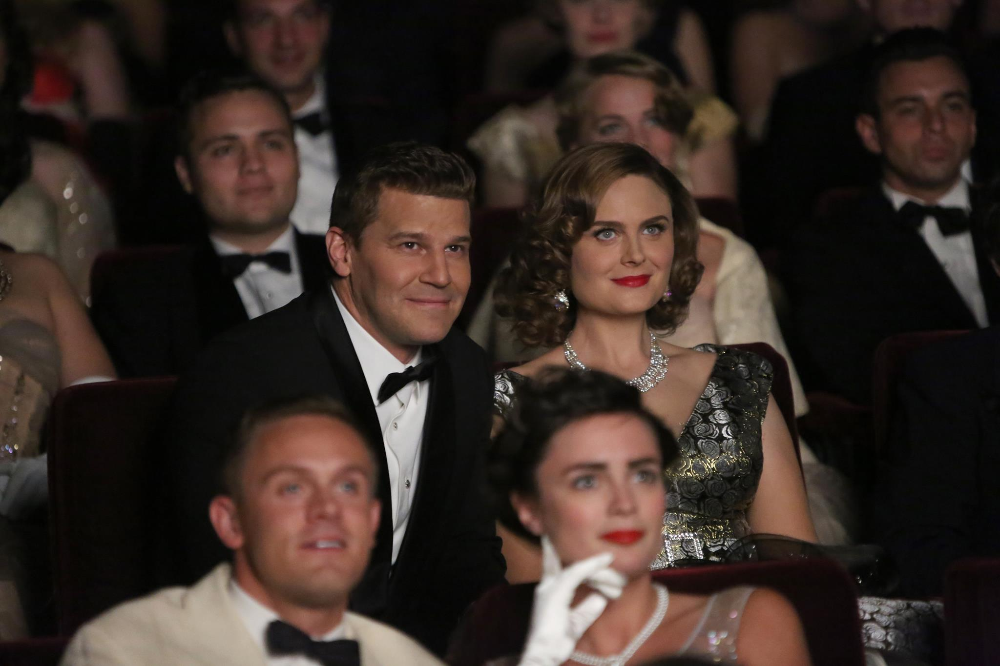 bones_200th_episode_booth_and_brennan.jpg