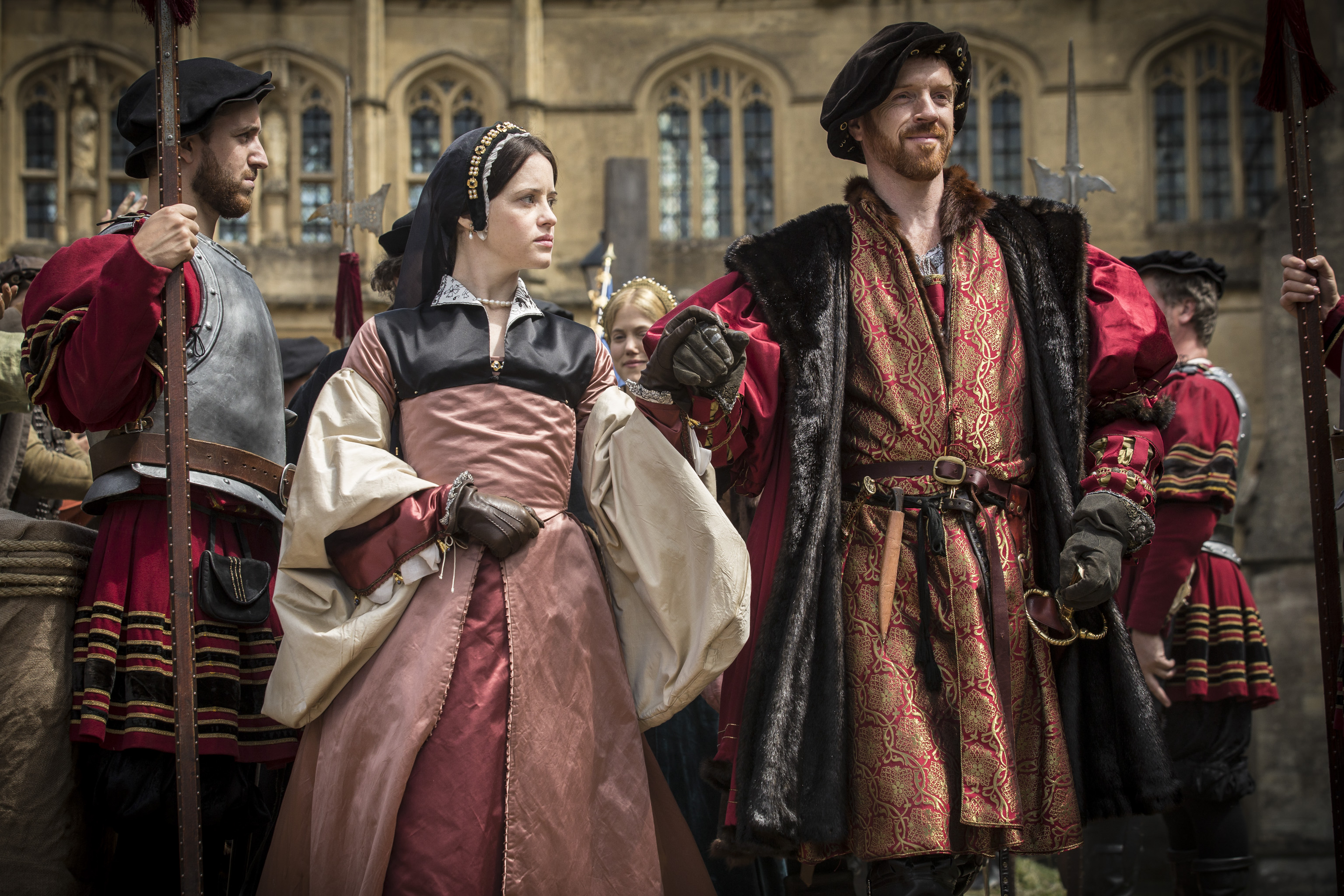 wolf_hall_anne_and_henry.jpg
