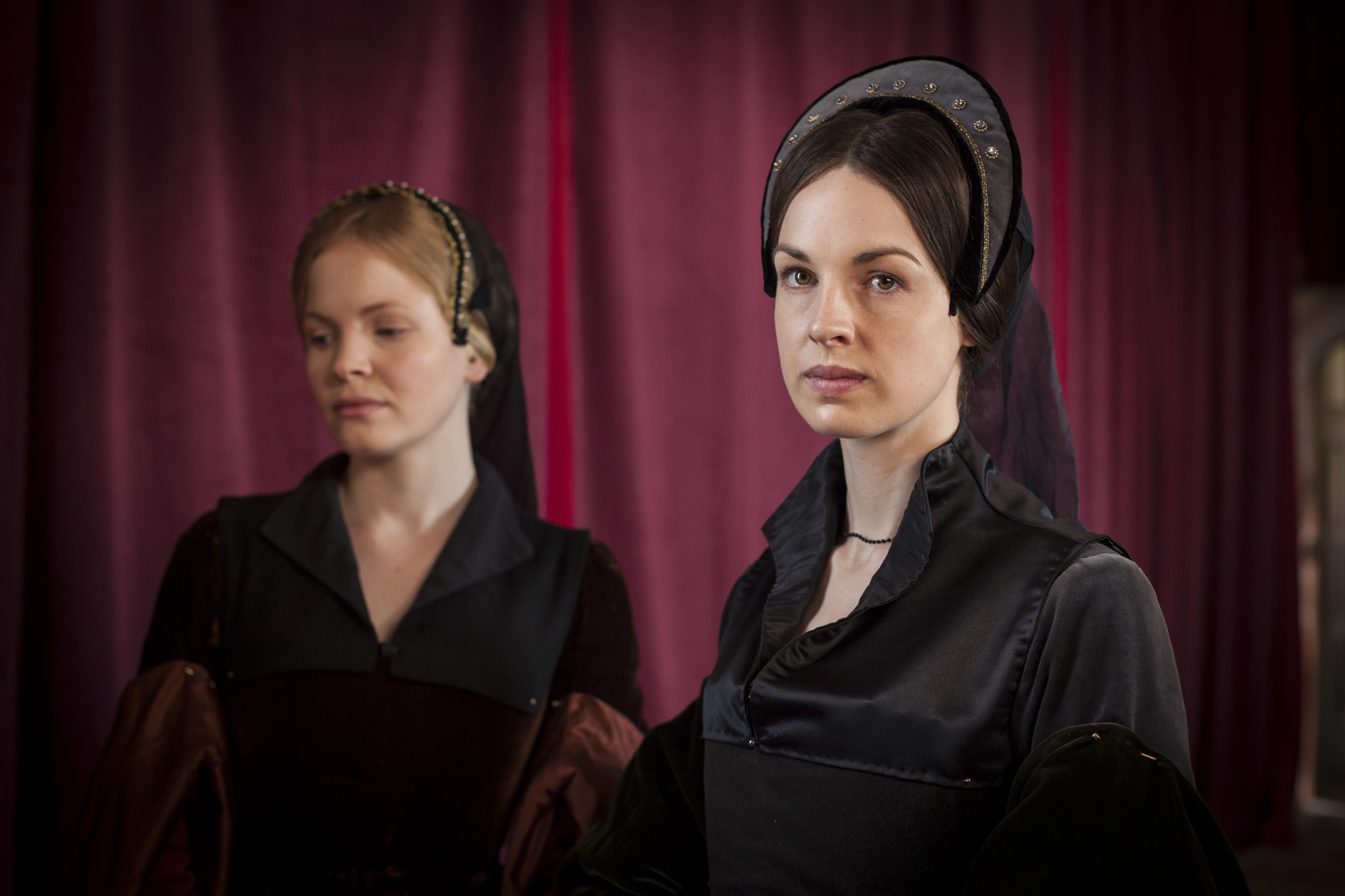 wolf_hall_the_two_janes.jpg