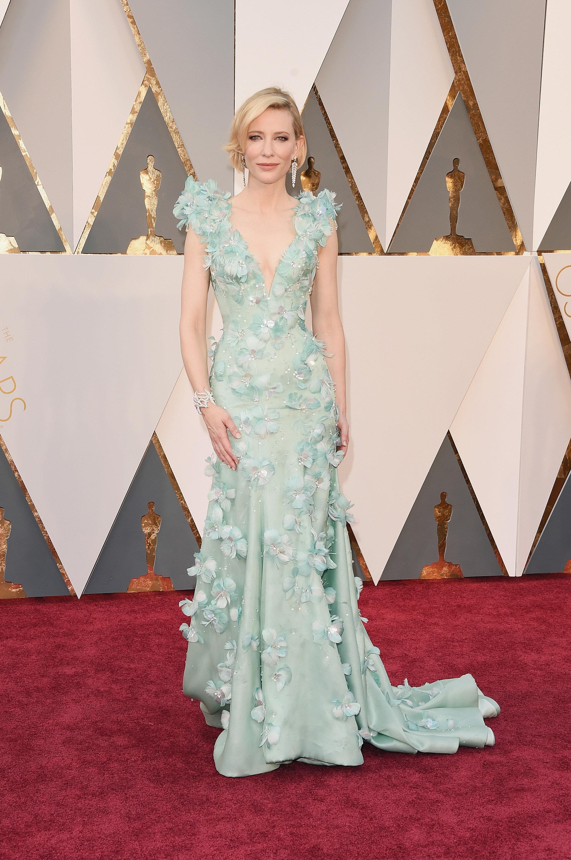 Oscars 2016: Nice dresses, wrong people