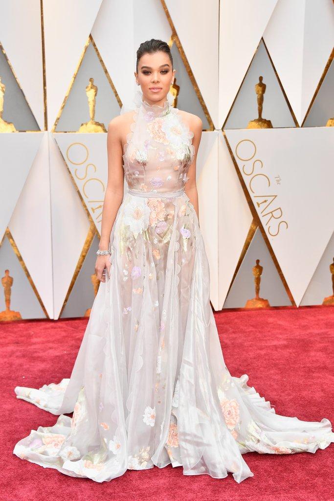 Oscars 2017 Hailee Steinfeld.jpg