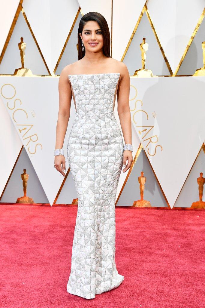 Oscars 2017 Priyanka Chopra.jpg