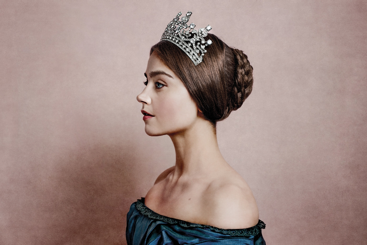 Victoria: Nuoren kuningattaren historiallista draamaa