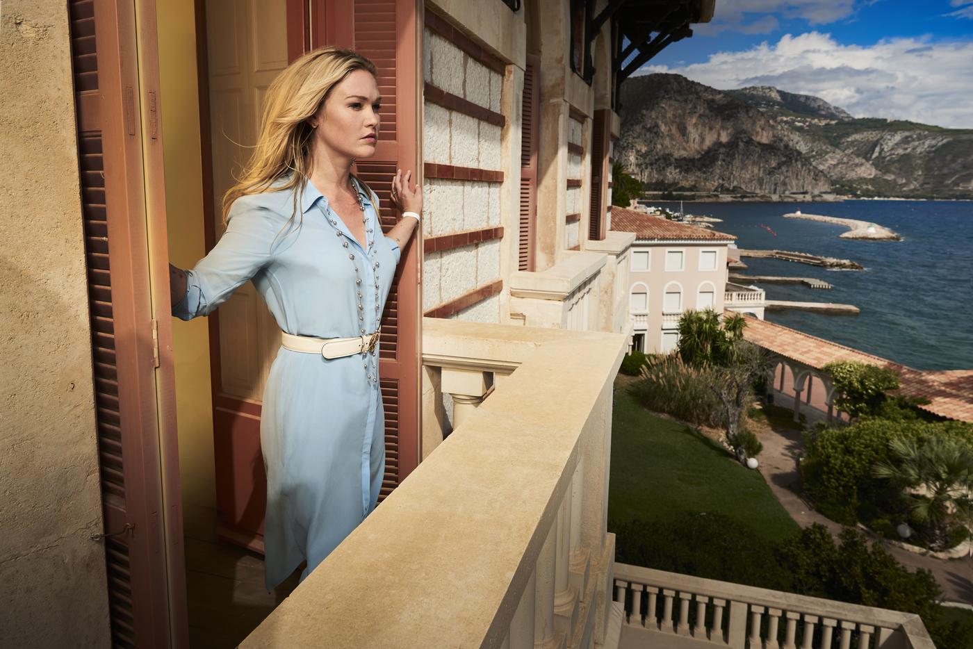 Riviera: Kun milleniumtähti Julia Stiles palasi ruutuun