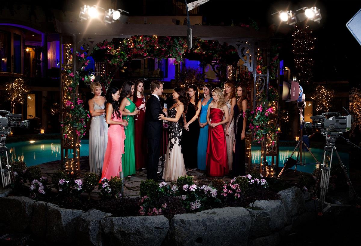 UnREAL season 1 ladies and bachelor.jpg