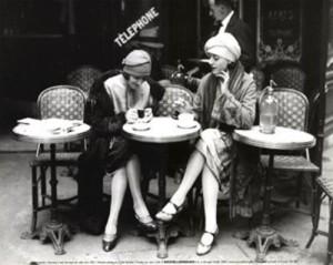 vintage-women-at-cafe-300x239.jpg