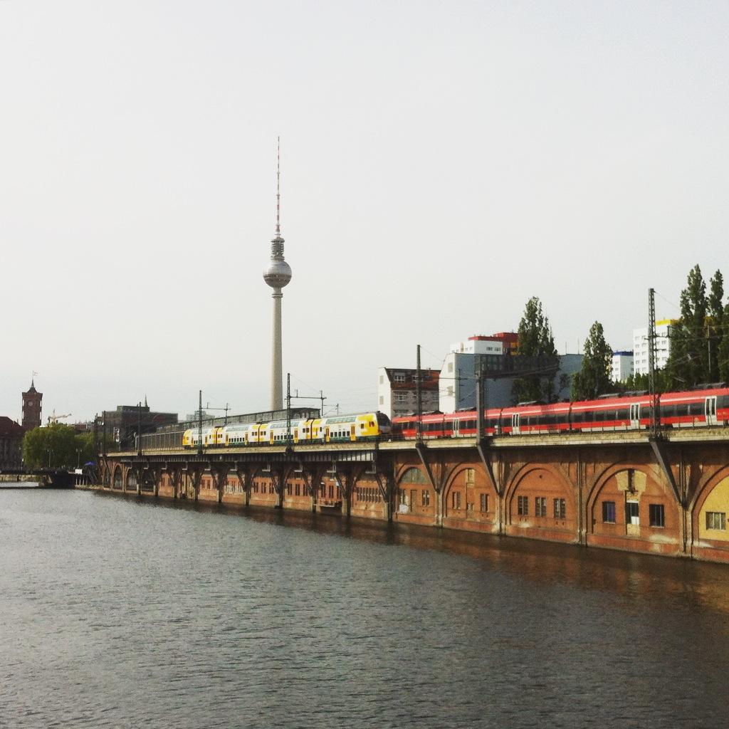 Berliinin kevät ja Murakami-sattumus