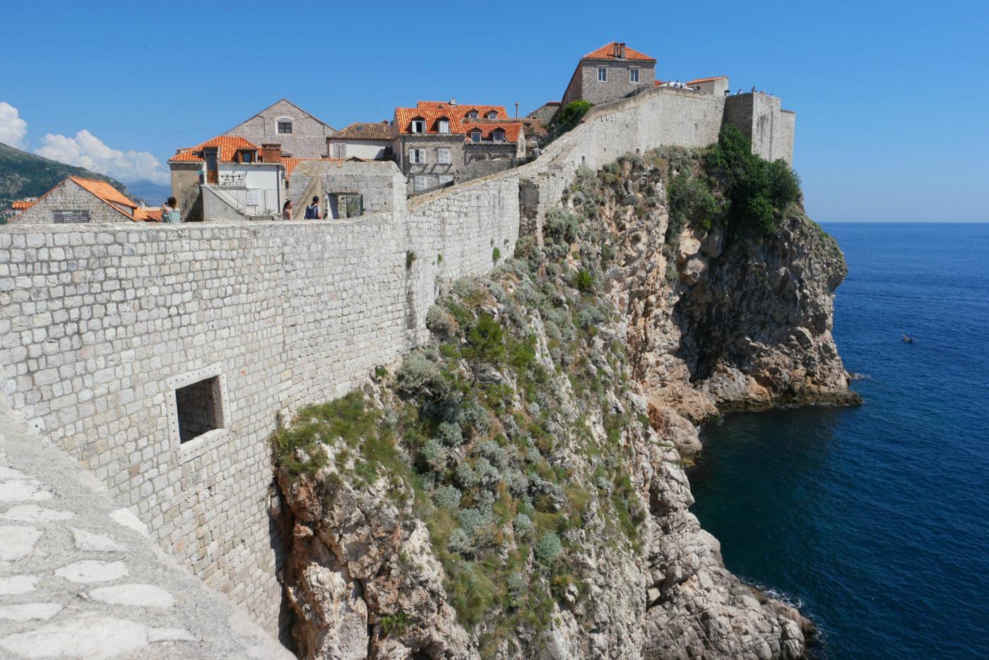 Balkan: Dubrovnikin kattojen yllä