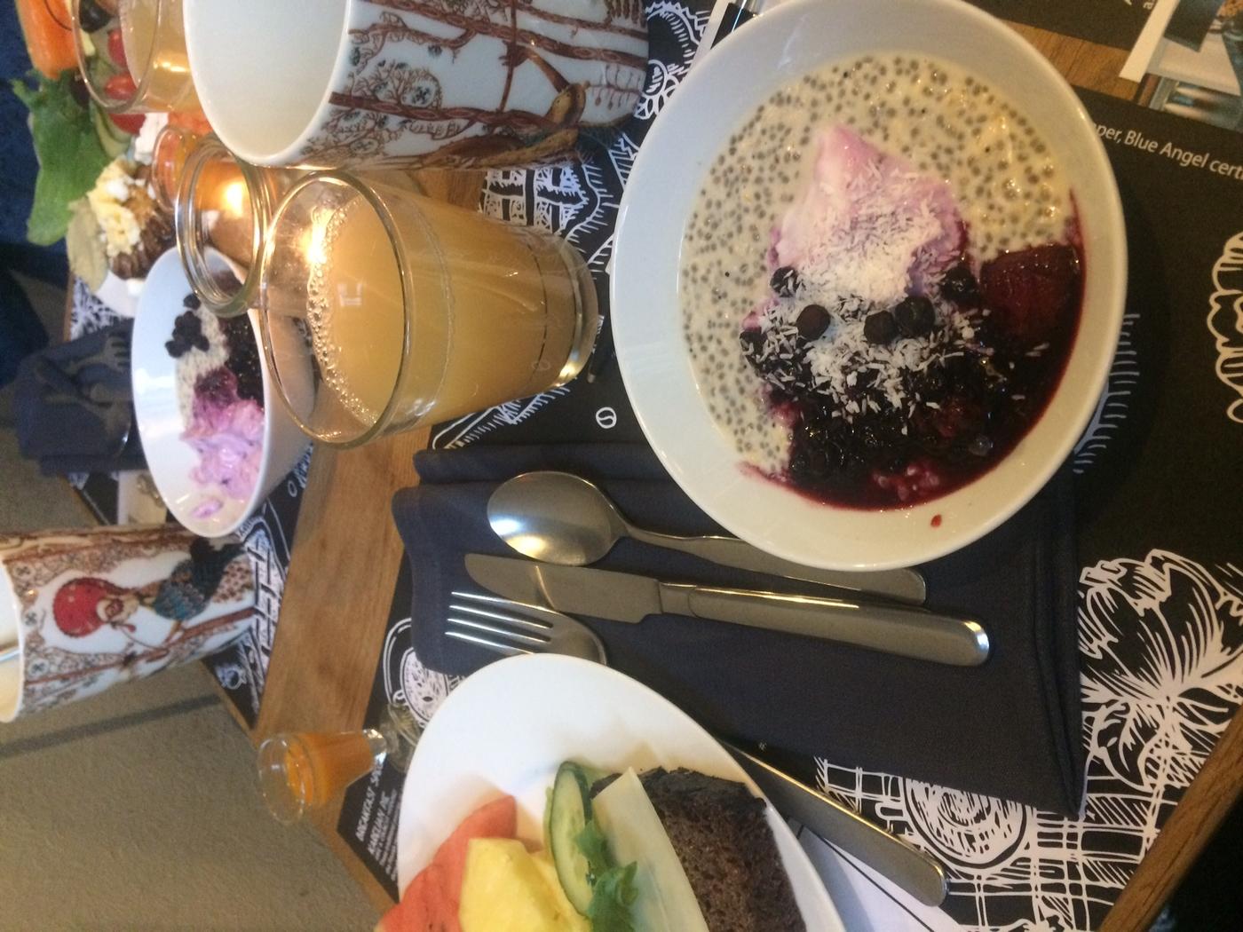 Breakfast at Lilla Roberts
