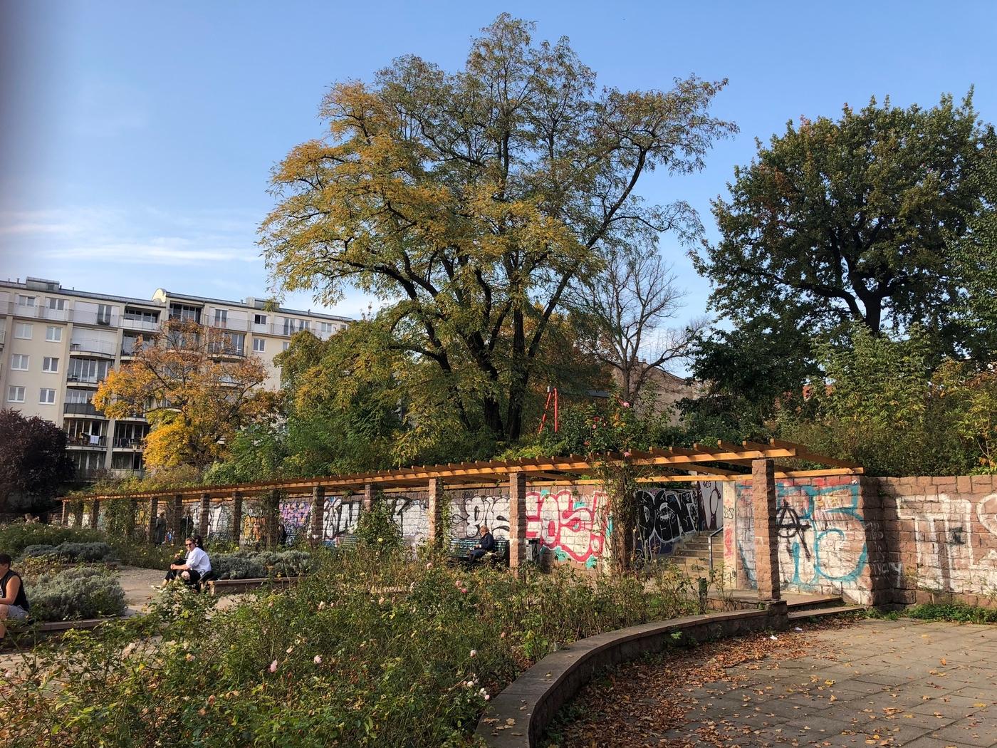 Syysloma osa 1: Berliinin rosoinen charmi