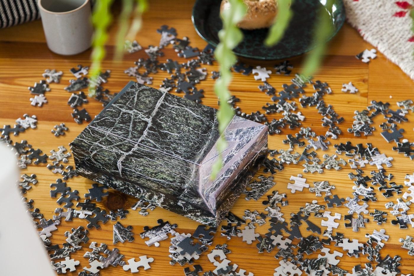 PuzzleInPuzzle-marble-lifestyle-04-17S-KKPPMA_2048x2048.jpg