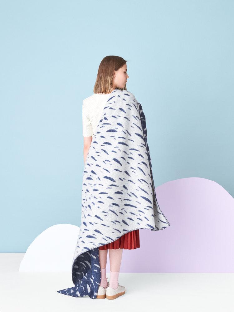Kauniste+Tuisku+blanket.jpg