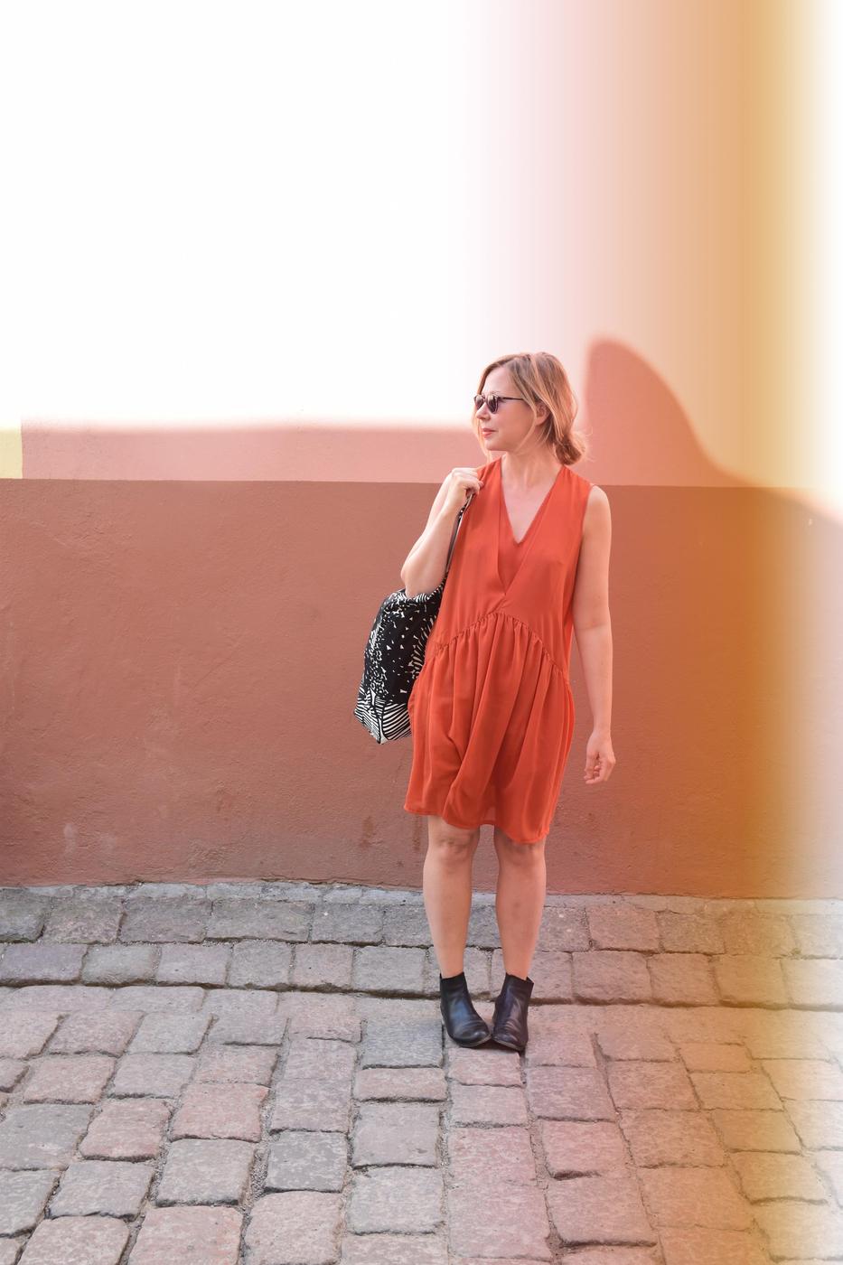 orans2.jpg