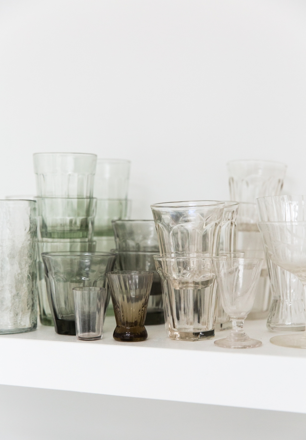 erin-scott-photo-studio-glassware-1466x2104.jpg