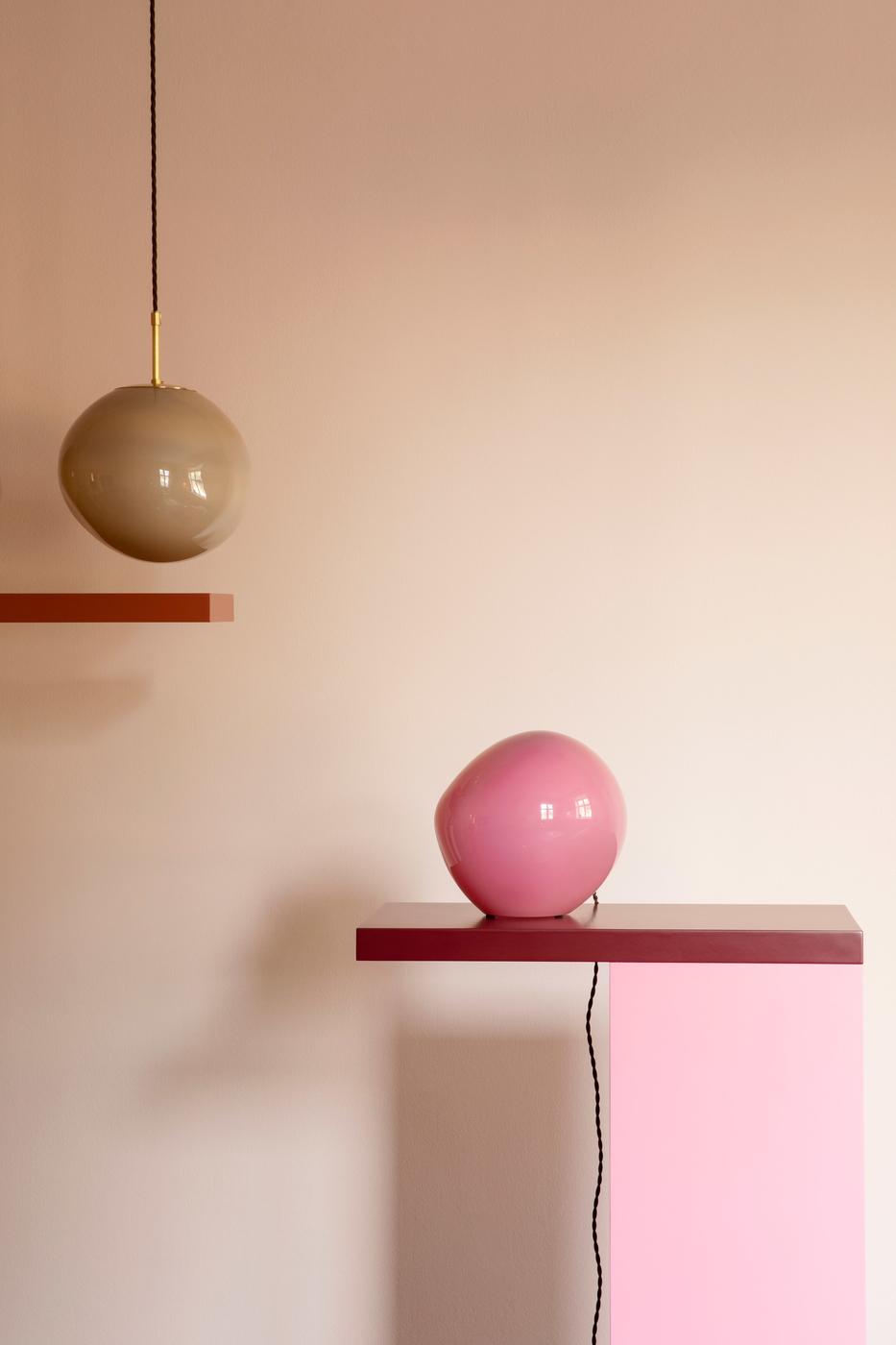 candy-light-collection-helle-mardahl-design_dezeen_2364_col_3.jpg