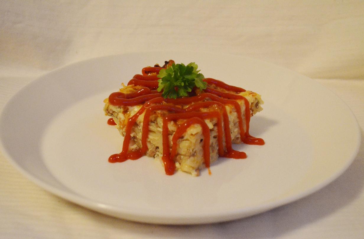 Perinteinen makaronilaatikko // Traditional Finnish macaroni casserole