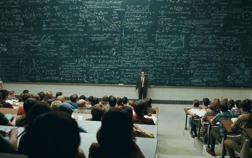 Selkäkipu + yliopisto = mahdoton yhtälö?
