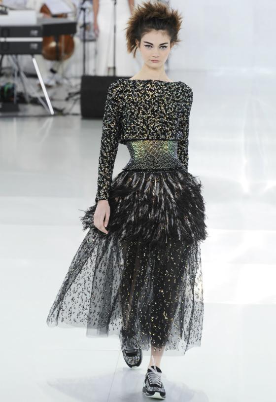 Karl Lagerfeld paljastaa Chanelin luksuslenkkarien taustat