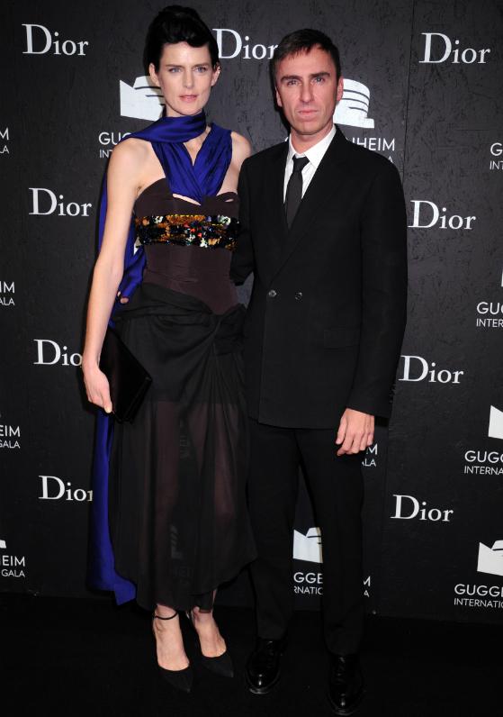 Uusi muotidokumentti kurkistaa Diorin kulisseihin