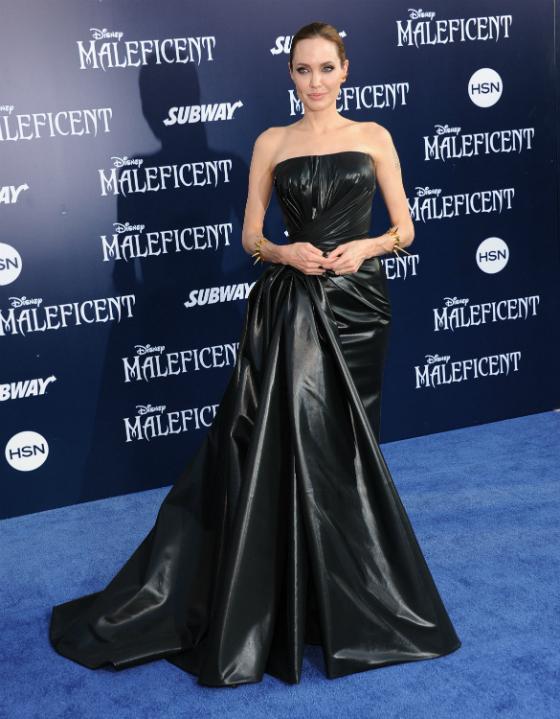 Angelina Jolie suunnitteli kengän yhteistyössä Christian Louboutinin kanssa