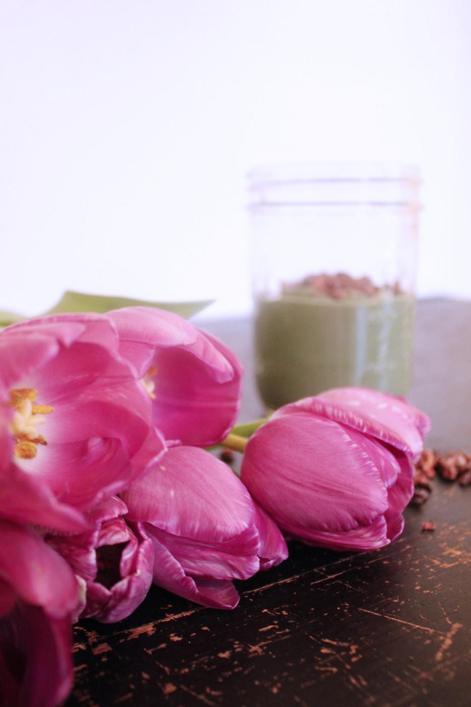 Palauta makeutta mausteainein – Suklainen minttumurusmoothie