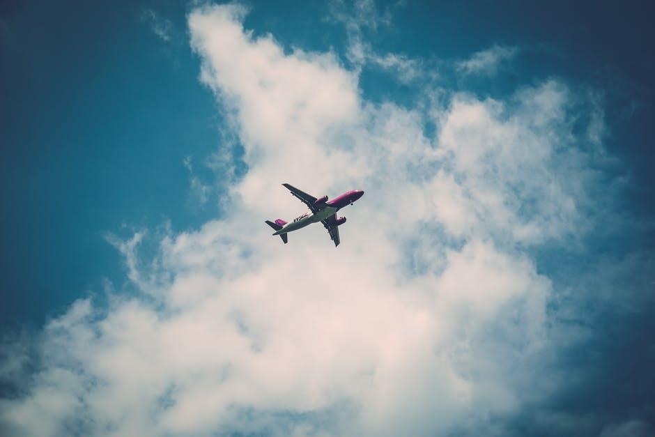Apua, kesällä on tiedossa kaksi lentomatkaa