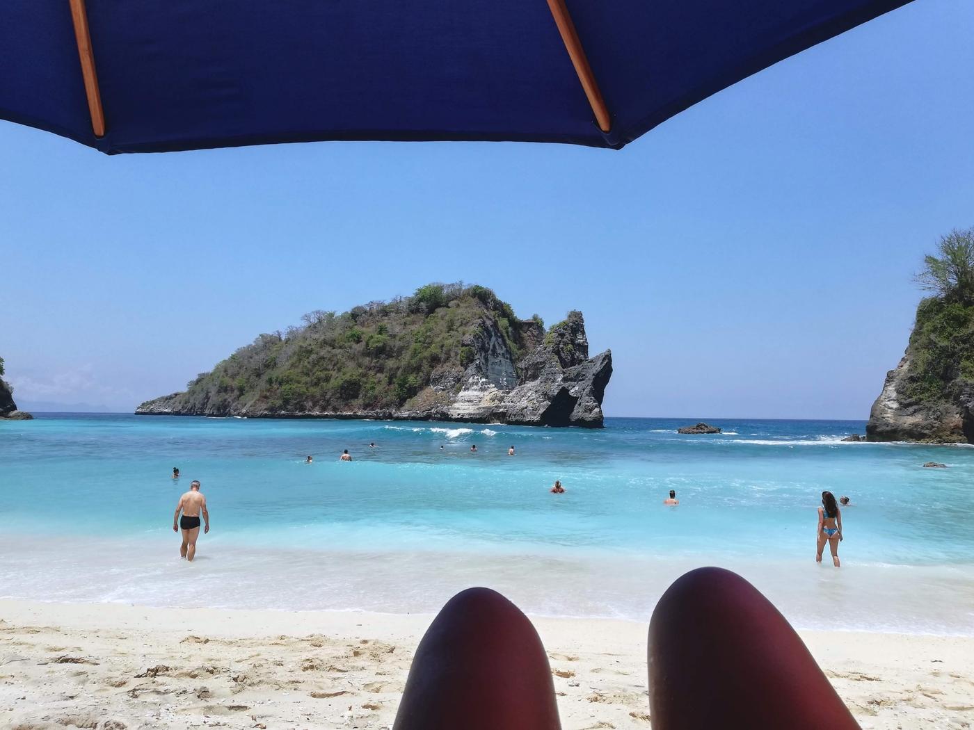 Atuh beach chilling.jpg