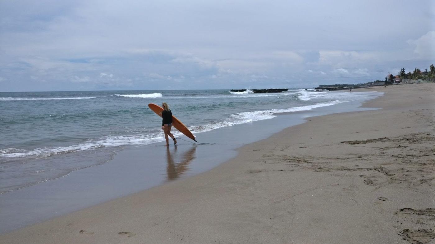 menossa surffaamaan.JPG
