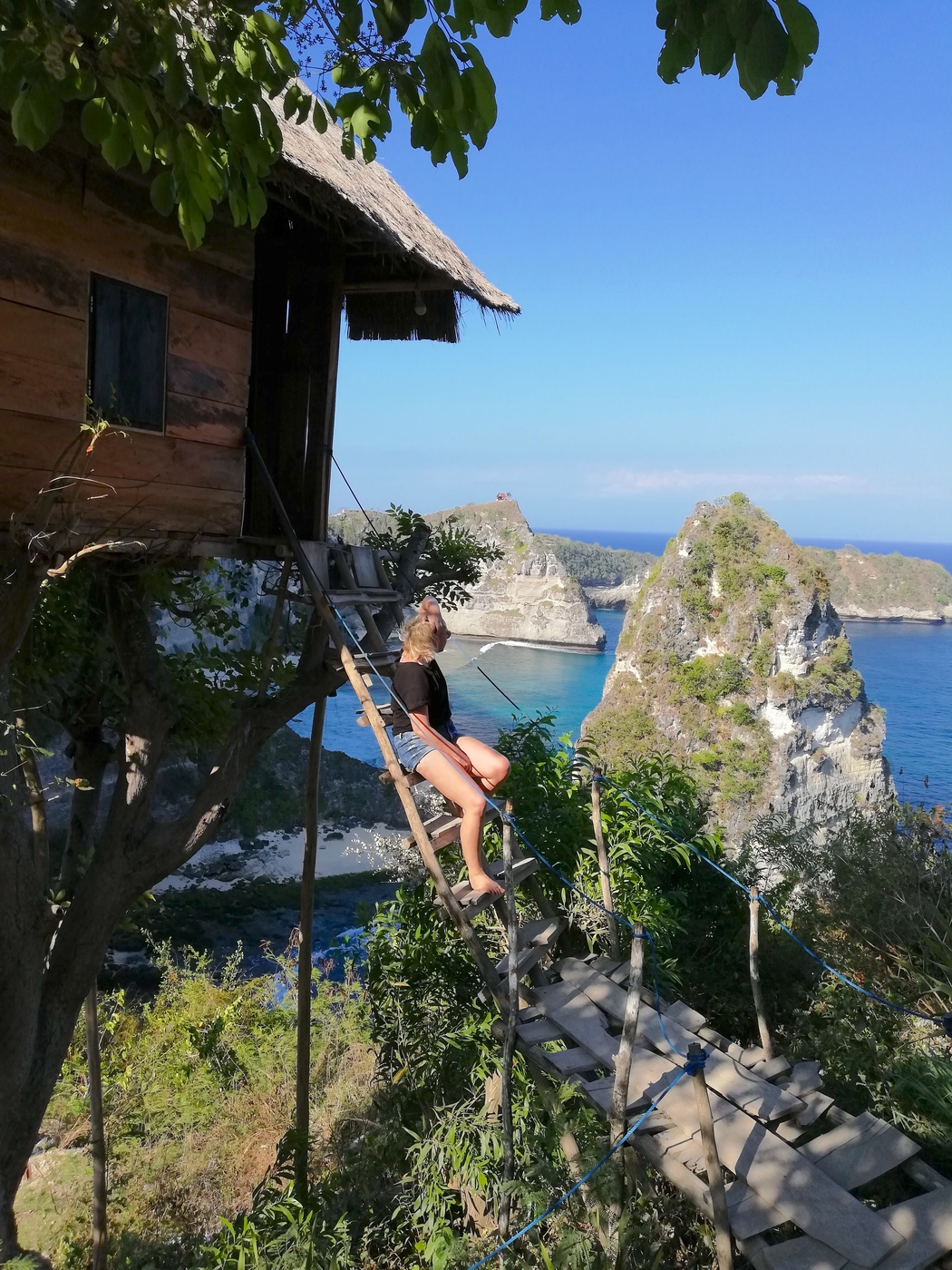 tree house Nusa Penida.jpg