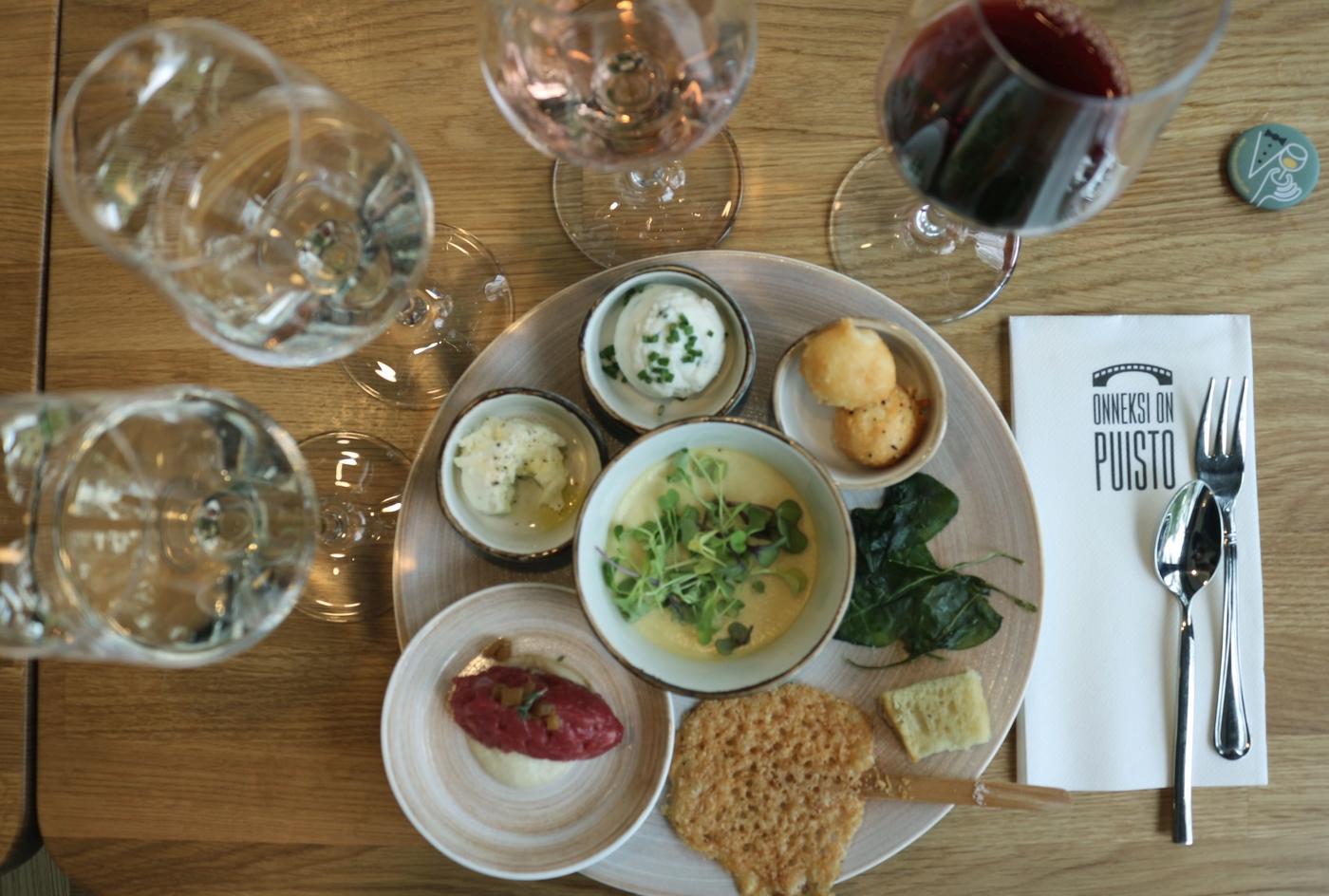Italialaisia makuja Puistossa – Nespolin viinitila laittoi parastaan
