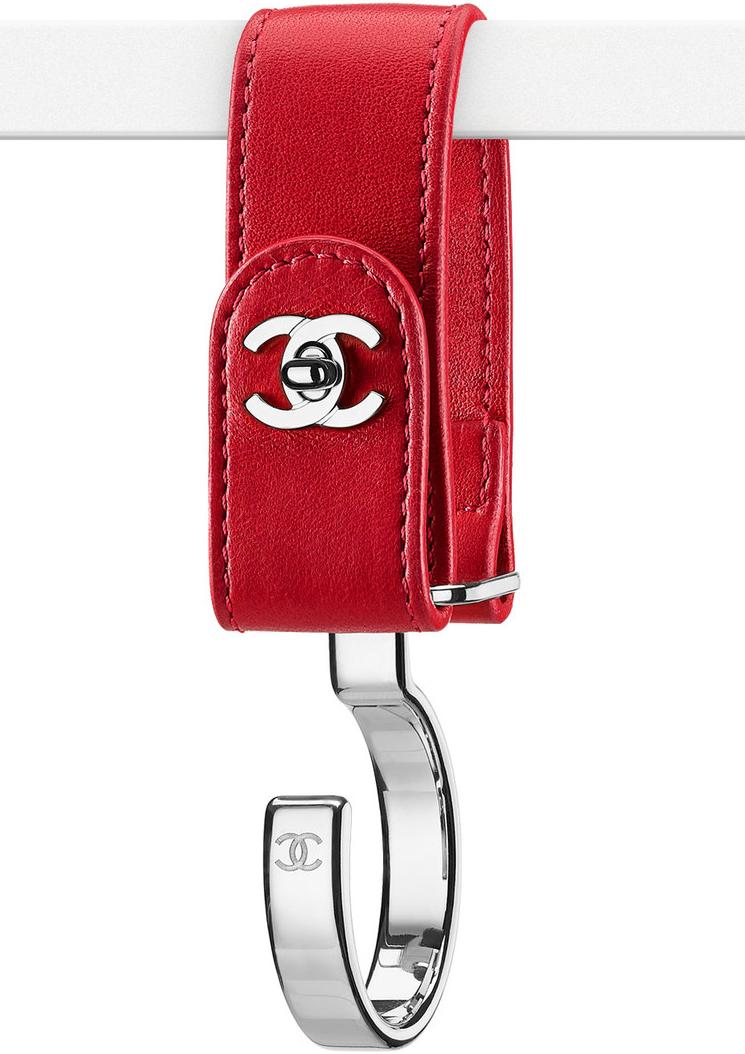 Chanel-Luggage-Hooks-2.jpg