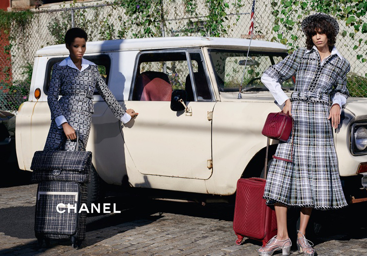 Chanel-Spring-Summer-2016-Ad-Campaign-Featuring-Trolleys-4.jpg
