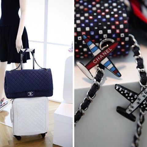 Chanel-XL-Flap-Bag-2.jpg