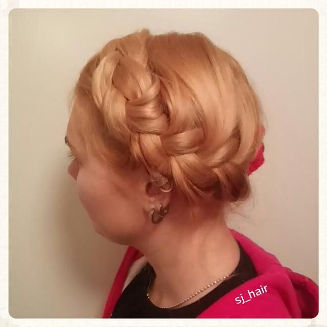 Elovena-sj_hair.jpg