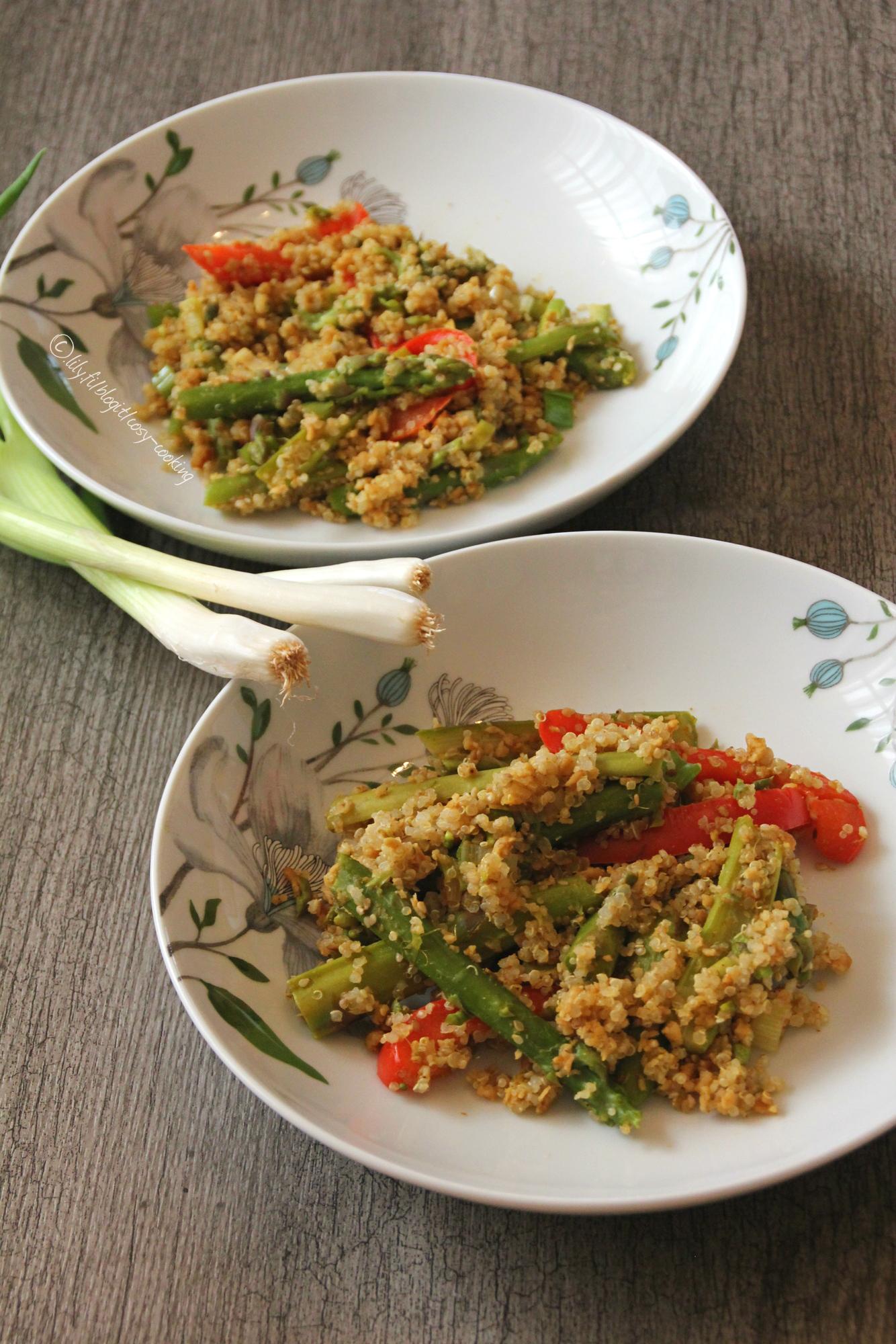 Vegaanin aasialainen parsawokki