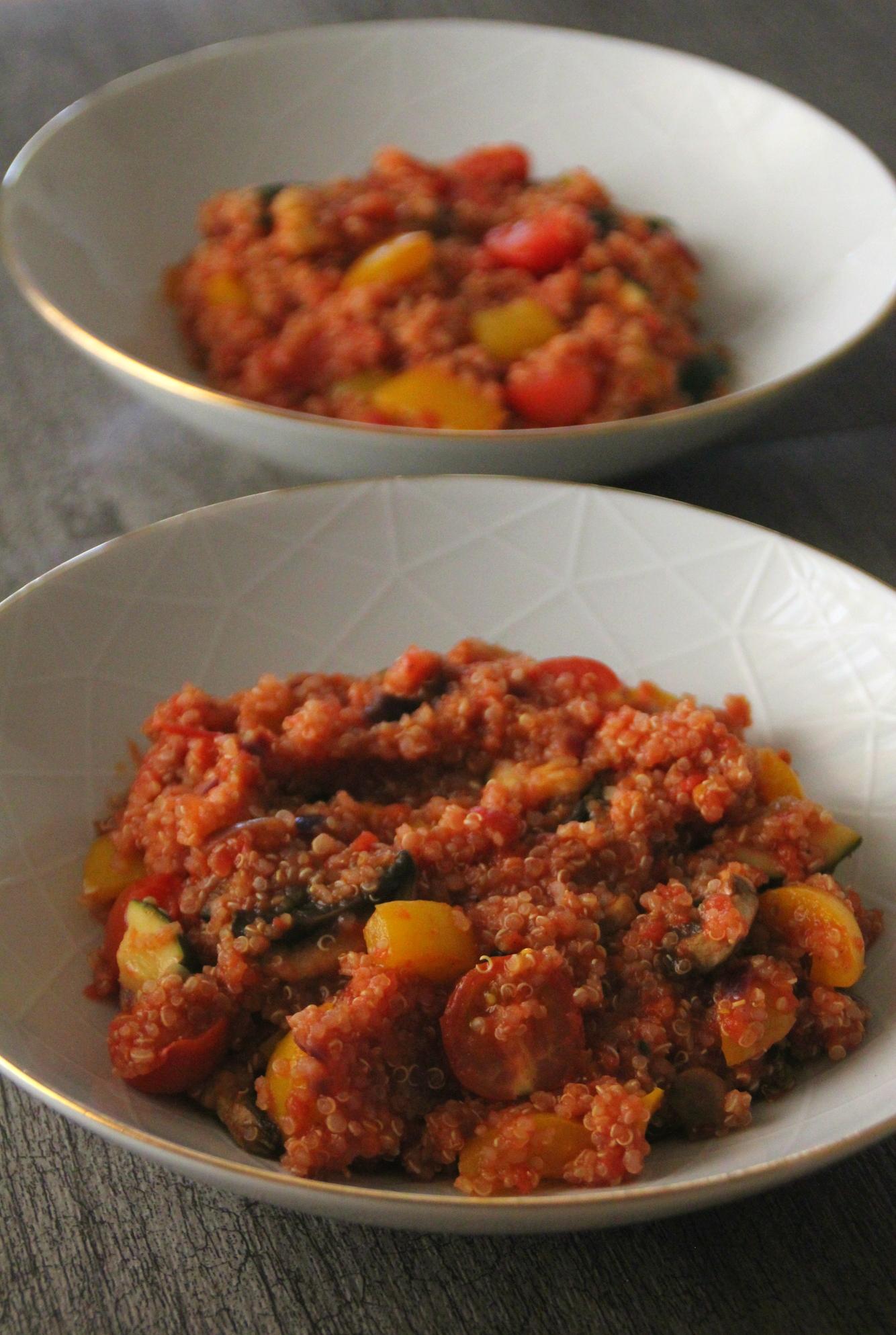 Nopea kasvis-kvinoa
