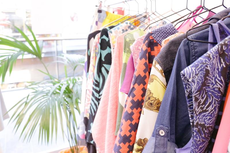 WST store secondhand, kierrätys vaatteet, Iso Omena